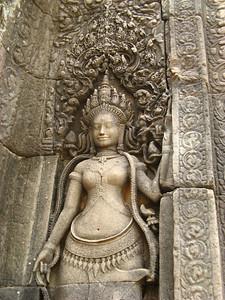 Hindu Goddesses at the Buddhist temple