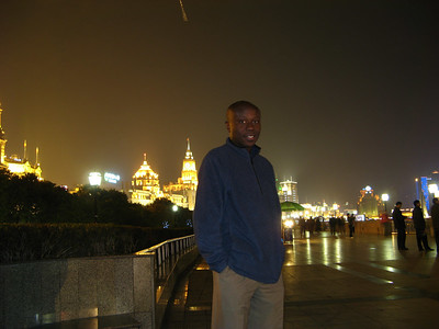 Julius on the Bund, the promonade on the river