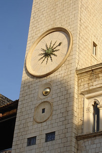 The clock tower in old town is an exact replica of the one on St Marco's square in Venice. Needless to say, Dubrovnik was under control of the Venitians way back when.