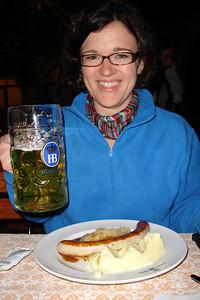 Sara at the Hofbrauhaus