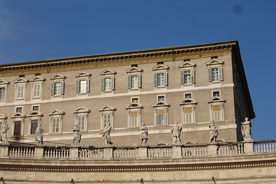 The pope lives in the top floor apartments on the right side of the building