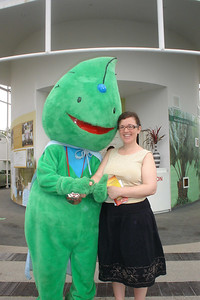 Sara with Toyota's leaf mascot
