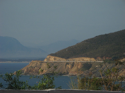 The new stretch of highway from Nha Trang to Cam Ranh