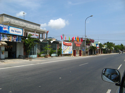 Scenes from Highway 1 in Cam Ranh