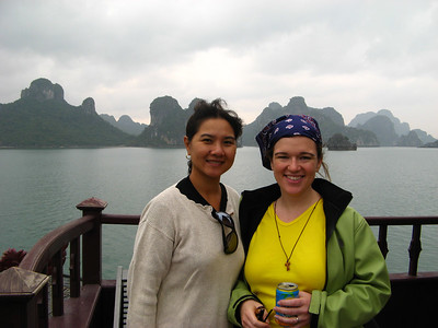 Sara with one of our new friends, Huong, a Vietnamese-Australian