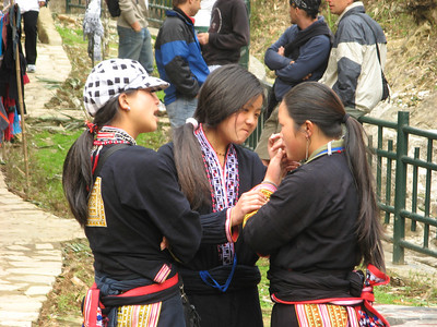 Girls of the Black Hmong tribe hawking their wares