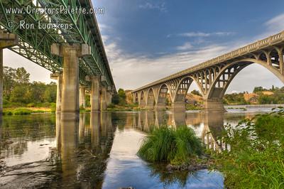 I-5 and Hwy 99 Bridges over North Umpqua River near Winchester, Oregon