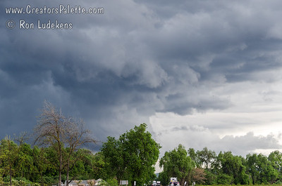 Impressive thunderstorm on 4-11-2012 around Visalia, CA