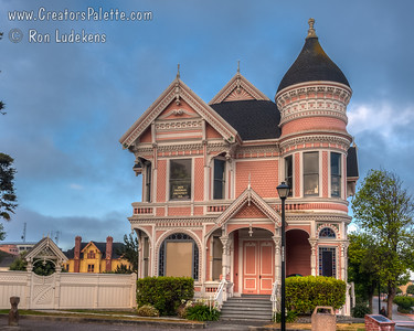 Pink Lady, The Carson House