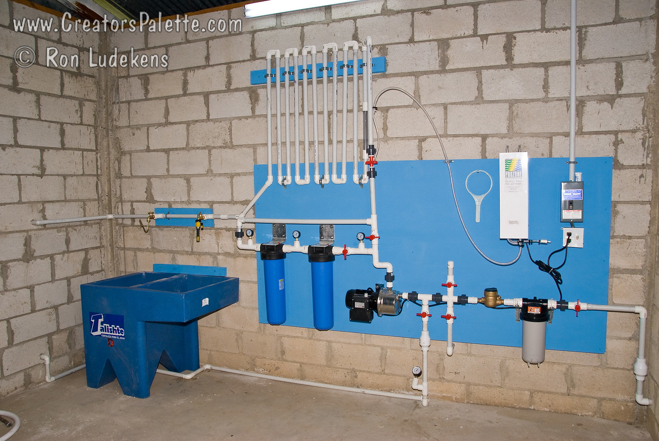 Clean water system completed except for the sink and drain installation.<br /> Guatemala Mission Trip - Day 5 -  Tuesday, November 13, 2007