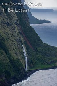 Waipahoehoe Falls