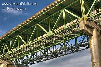 I-5 Bridge over North Umpqua River near Winchester, Oregon