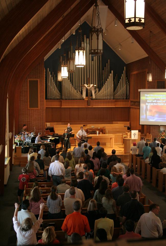 Worship and singing at a Mosaic contemporary service, taken 4/2006.