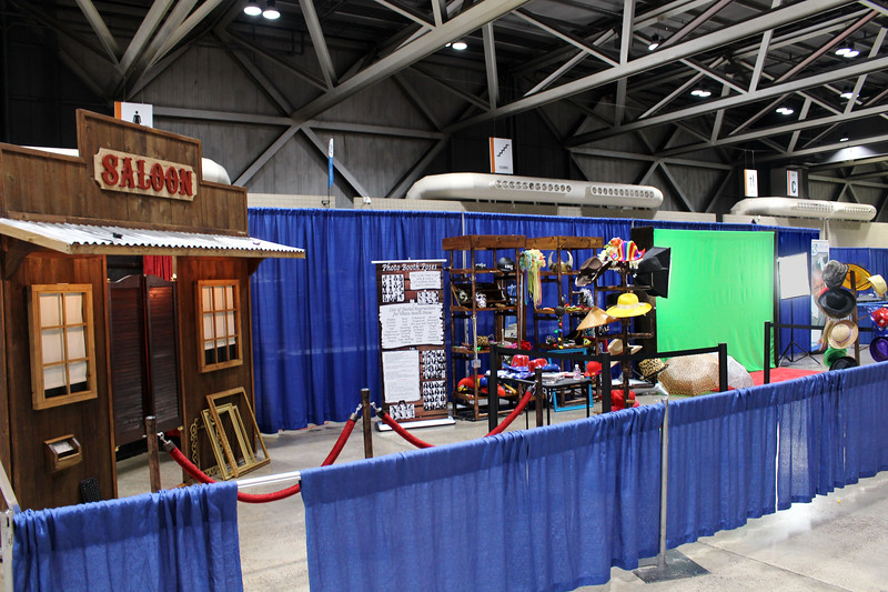 Our rustic saloon and green screen photo booths at the Kansas City Convention Center for the NACC event.  https://thelookingglassphotobooths.com/