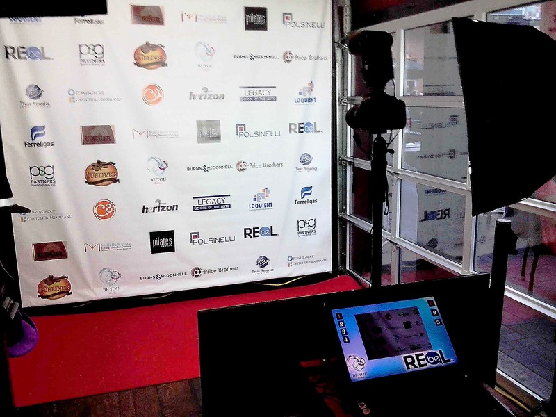 The Looking Glass Photo Booths Red Carpet Shoot