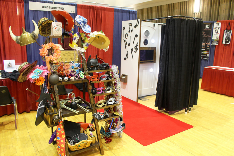 The Looking Glass Photo Booths At Kansas University in Lawrence KS