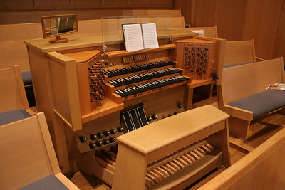 Supporting music-making at Central is a three-manual 52-rank, 2,945 pipe Casavant Frères organ built in 1987
