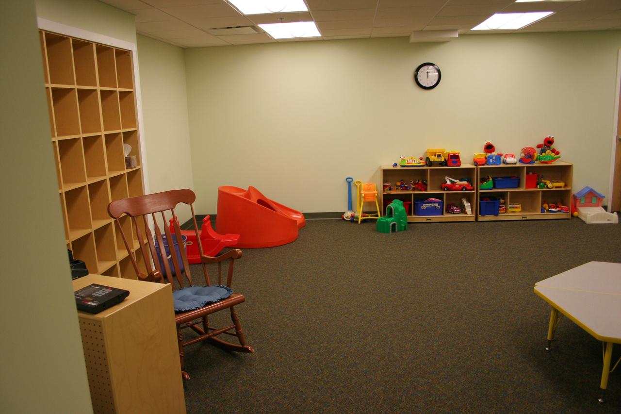 12/16/2007: New Toddler nursery room -- first week in use!