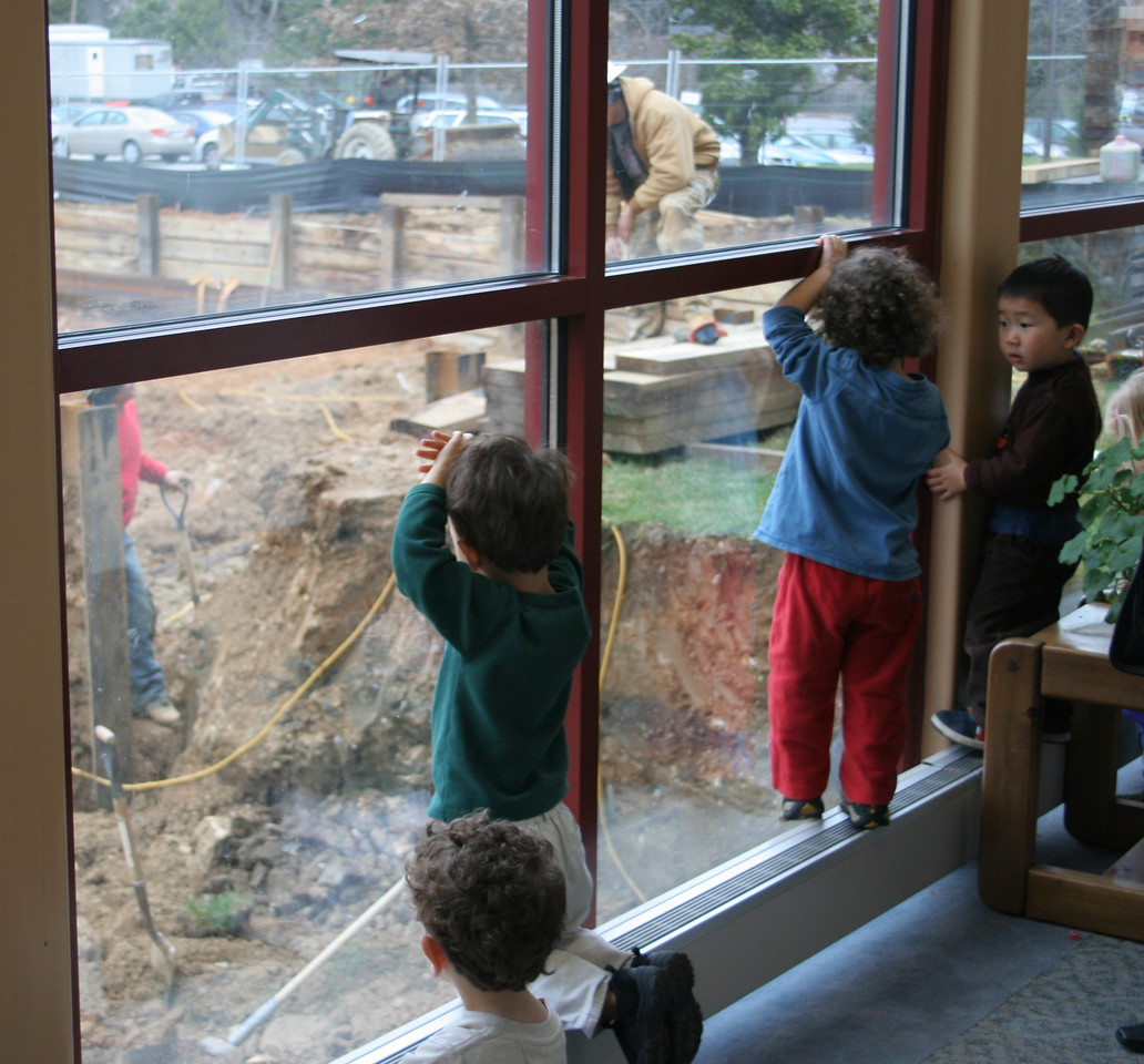 1/12/2007: The preschool kids get to come watch for a while.