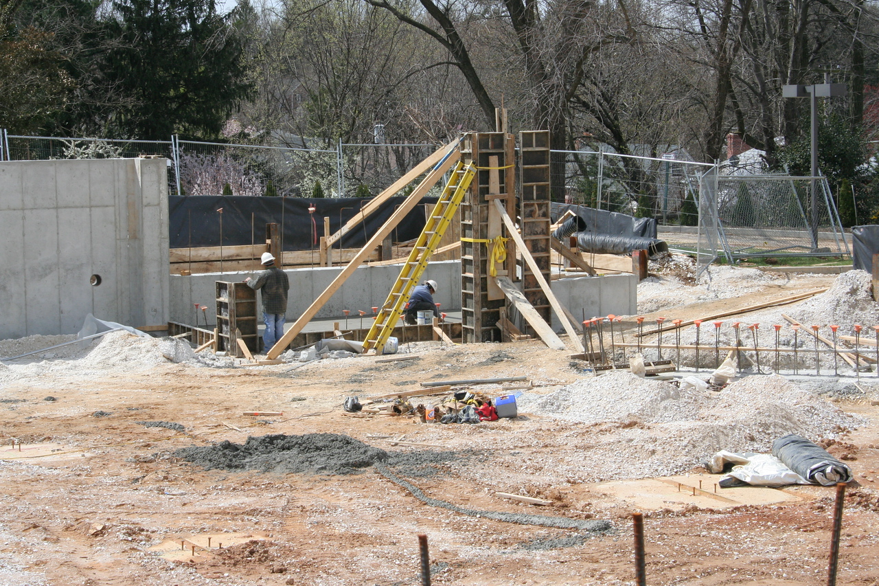 4/5/2007: building forms for the corner entrance stairway tower