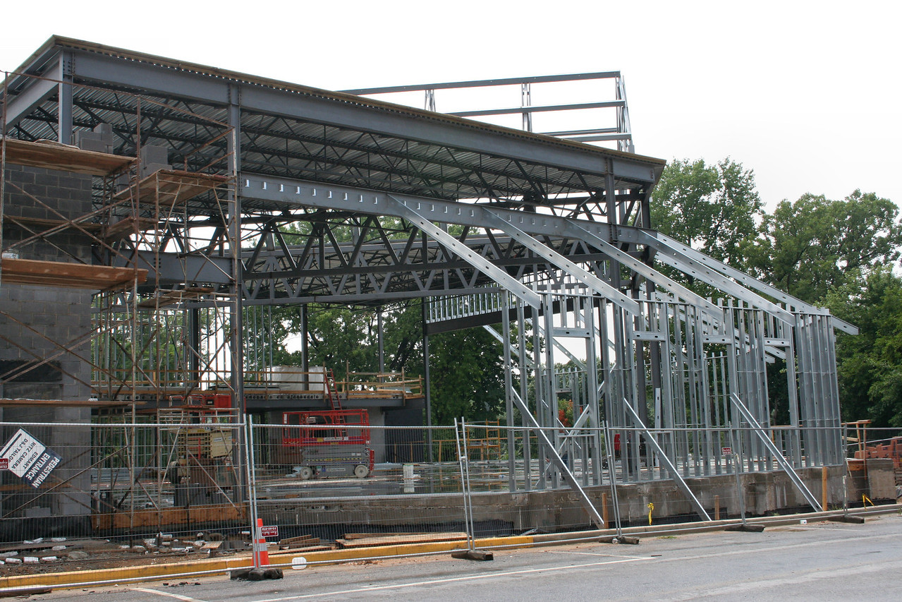 7/29/2007: north side of the worship center, steel framing and start of roofing