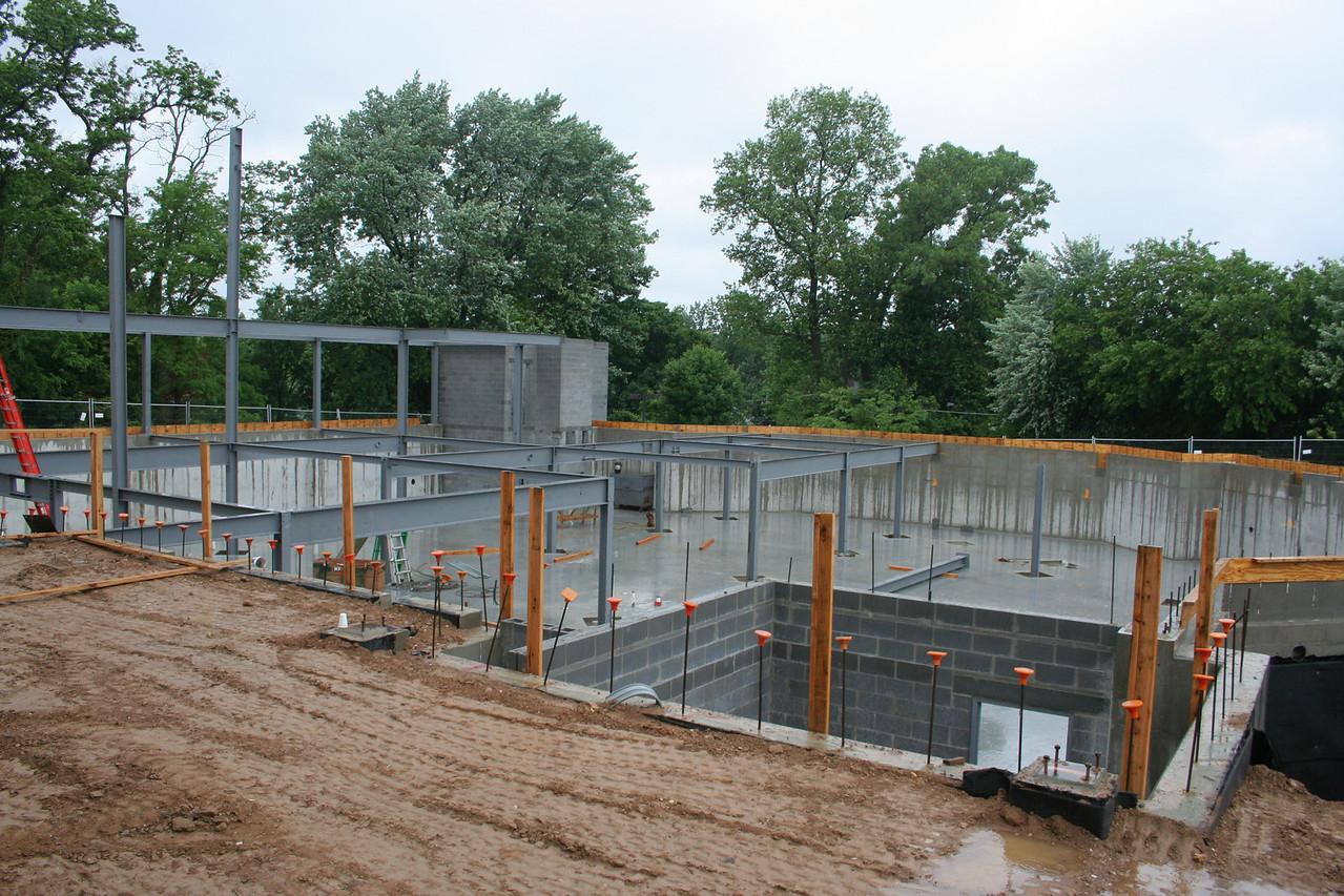 6/3/2007: worship center steel progress