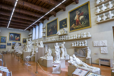 Statues in the Galleria dell'Accademia