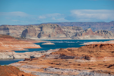 Houseboats lined up on Lake Powell