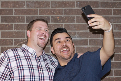 LIto selfie with Tommy
