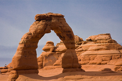 Delicate Arch telephoto image from a distant viewpoint