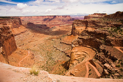The Shafer Trail from the top of the cliff.