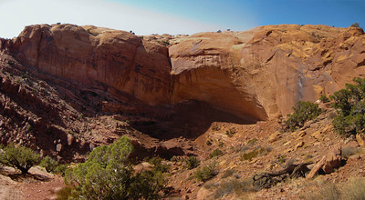 On the Hike to False Kiva