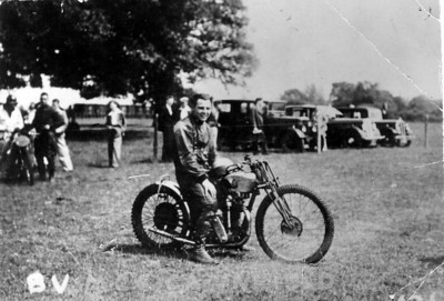 Bingley (Cree) age 20, on 1934 Mark 4 KTT  348cc engine Vello, Grass Track in Blandford, Southern England