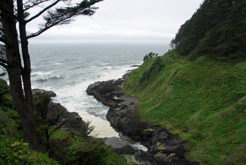 Devil's Churn on the central Oregon Coast on a very cloudy, overcast day.<br /> D200_2007-07-20DSC_2562-DevilsChurn-2 copy.jpg