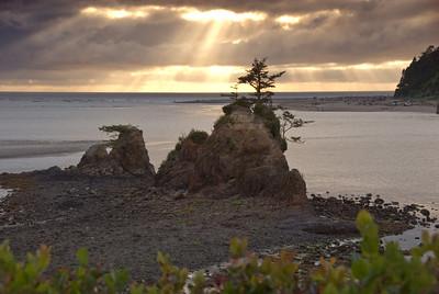 Sunset on Siletz Bay, Oregon July 2007  Copyright © 2007 Rick Kruer rickkruer.com  D200_2007-07-18DSC_2387-SiletzBaySunset-2.psd