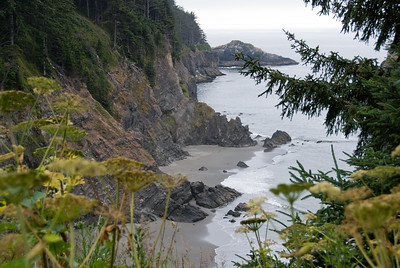 D200_2008-06-30DSC_5912-BeachArchRock-2