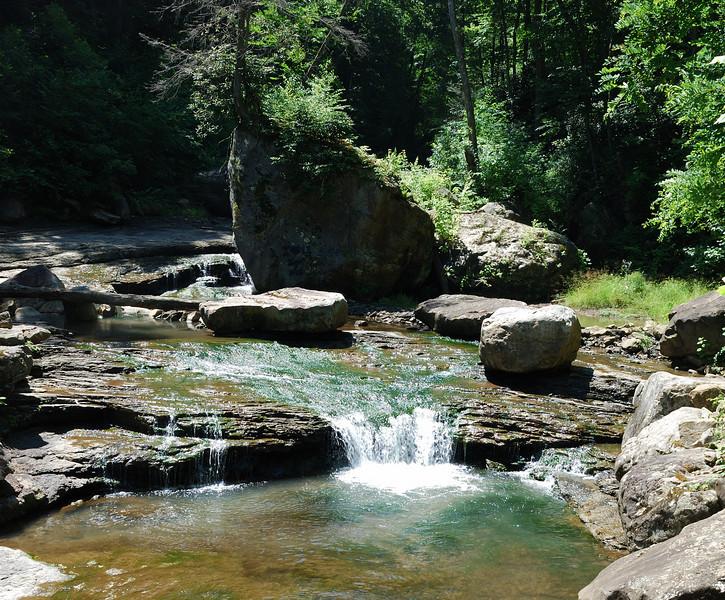 Near Kaymar Trail