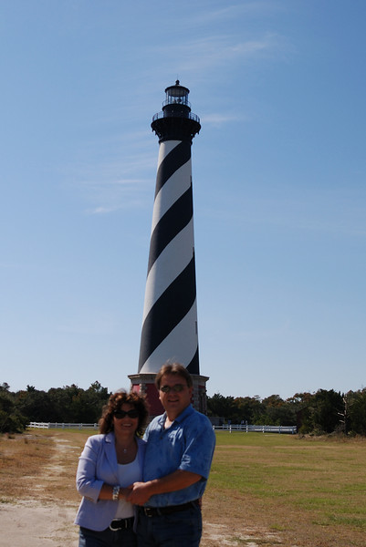 Stan and Lynne at Cape Hatteras Lighthouse