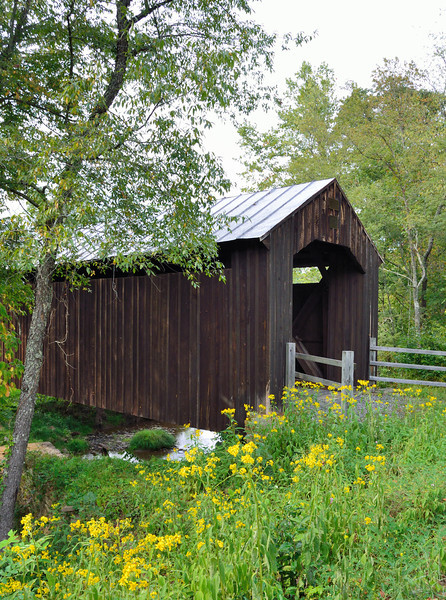 Locust Creek Covered Bridge