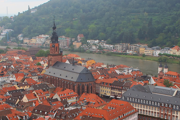 Heiliggeistkirche (The Church of the Holy Ghost) dominates Heidelberg's Old Town.
