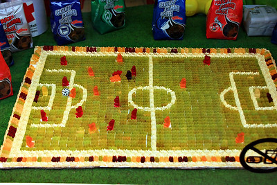Owing to their Fußball skills the Gummis are as popular as ever.
