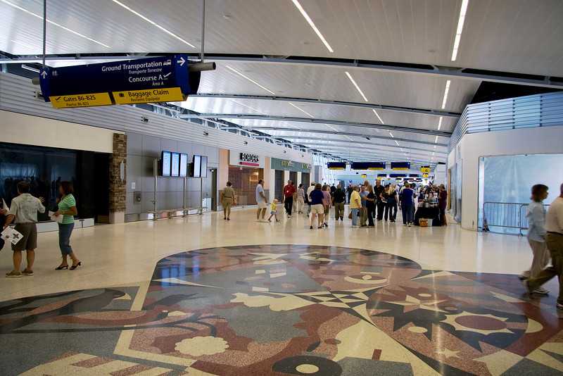 IND_airport_25
