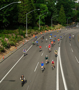3-14-11 Bridge Pedal, Portland, Oregon - bikers on the freeway