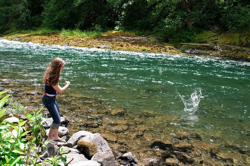 7-04-10<br /> <br /> A skipping stones, Clackamas River.