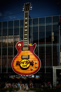 From the strip, the Hard Rock Cafe. Every time I'm here I shoot this and have never gotten it right. Closer this time. (HDR)