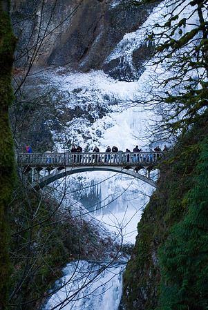 Multnomah Falls Ice (Dec 2009)