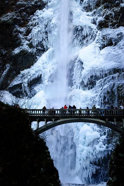 12.08.13  <b>Frozen Multnomah Falls </b><br>