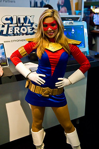 City of Heros - booth babe.