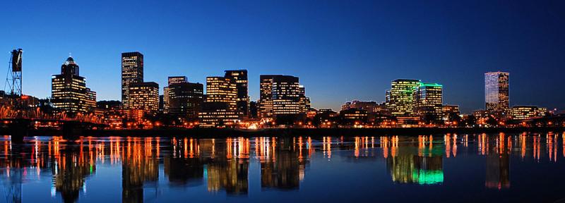 Portland Skyline Accented Edges effect  Portland, Oregon