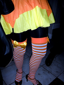 These are ah...Legs.  Right out of the Cat In A Hat.  Dr. Seuss would be proud!